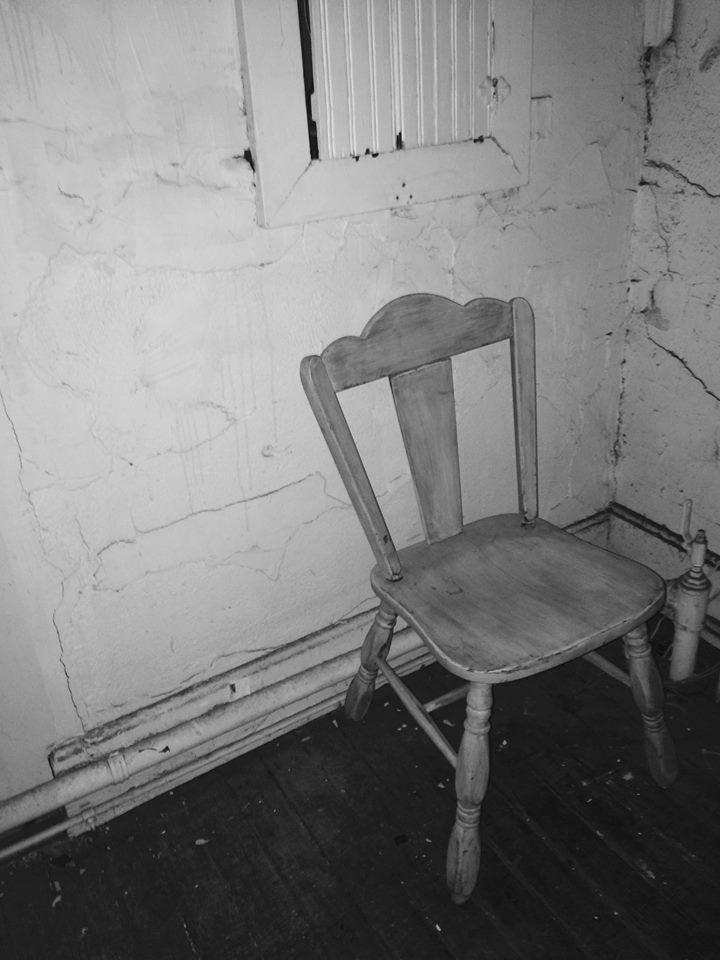 Angie Hedman - Corner Seat